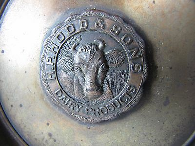 Original 1940s H.P. HOOD & SONS DAIRY Products Tray Cigar Ashtray cow medallion