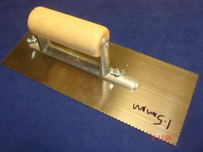 Flooring Adhesive V Notched Trowel 1.5mm with Wood Handle