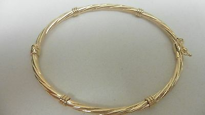 new 9ct yellow gold rope twisted hinged bangle with design