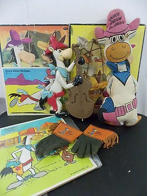 Vintage Hanna Barbera Quick Draw McGraw Collection Plush Puzzles, Gloves