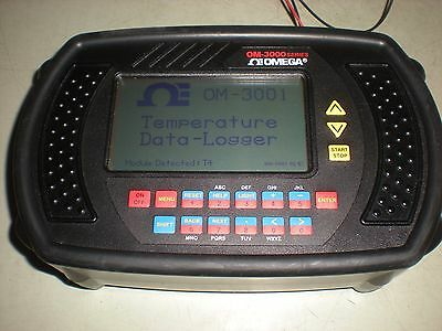 Omega Model OM-3001 Portable Data Logging System w/Cover - Powers up as shown