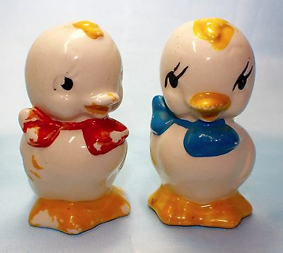 American Bisque Pottery DUCKS CHICKS Salt & Pepper Shakers Chickens Bows Duckins