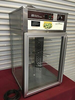 Pretzel Heated Display Cabinet Wisco JJ850 #5149 Heated NSF Warming Rotating NSF