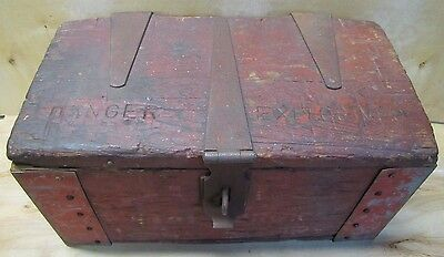 Antique DANGER EXPLOSIVES Heavy Duty Dynamite Wooden Box hinged handles latch