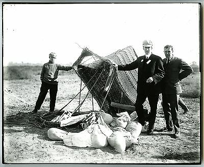 c.1900s HOT AIR BALLOON on GROUND with BASKET DAMAGE~ANTIQUE 8x10 BEHRMAN PHOTO