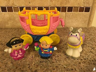 Fisher Price Little People Royal Kingdom Lil Castle Princess Carriage Horse