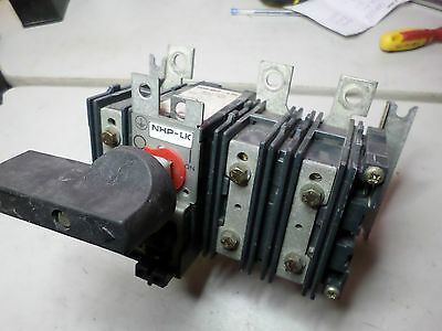 NHP ROLLCON LKA1-160 -- DISCONNECT SWITCH 3 Phase 160 amps with handle