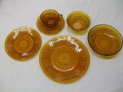 Vintage Anchor Hocking Sandwich Glass Desert Gold 6 Piece Place Setting-Complete