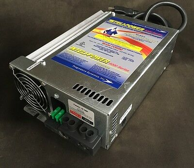Progressive Dynamics PD9280 Intelli-Power 9200 Series 80 Amp Converter/ Charger