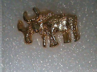 Goldtoned Bulls Lapel/Hat Pin