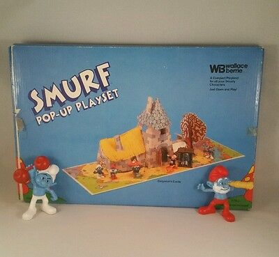 Smurf Pop-Up Playset For Smurf Characters Gargamel's Castle W/ 2 Figurines