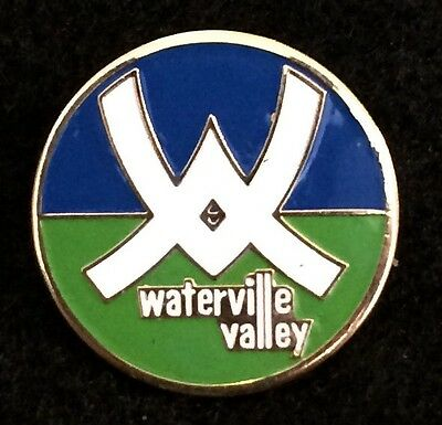 WATERVILLE VALLEY Skiing Pin NEW HAMPSHIRE NH Souvenir Travel Resort