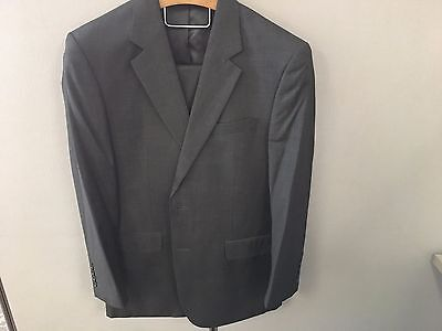 Jos A Bank Executive Traditional Fit Suit Gray Plaid 41R Pleated Pants