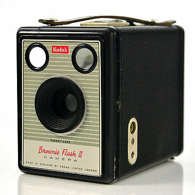 Kodak Brownie Flash II - box camera