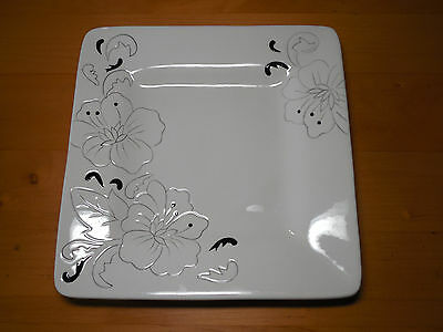 "Laurie Gates LAURA Set of 3 Square Dinner Plates 11"" Black Off White Embossed"