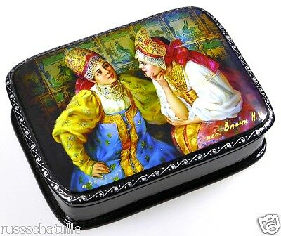 """Im Gespräch"" Russische Lackmalerei Schatulle Russian lacquer box, Fedoskino"
