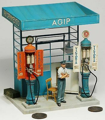 MODEL VICTORIA AGIP PETROLI STATION Scala 1:35 Cod.40105