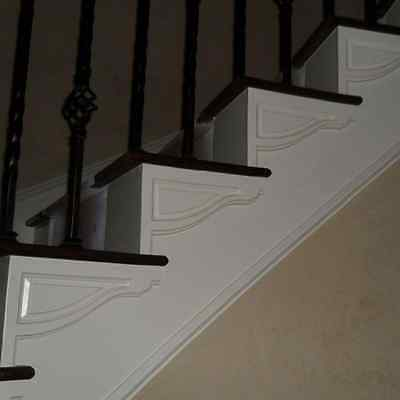 Traditional Right Large Stair Bracket Moulding Polyurethane Brushed White Tread