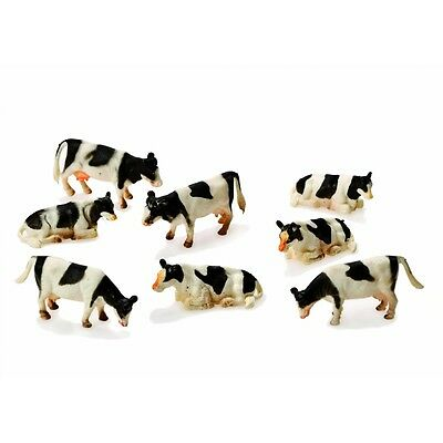 1:87 Kids Globe Farm Pack Of 8 Cows - Pck 1:97 Childs Toy Animal Figurine