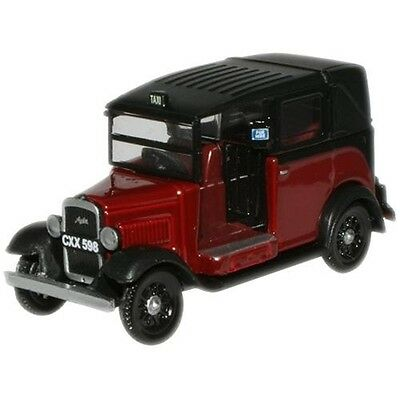 1:76 Burgundy Oxford Diecast Austin Low Loader - Model Car Collectable Gift