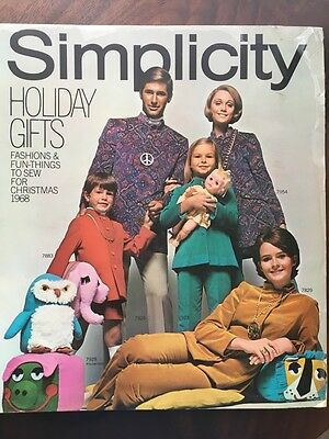 1968 SIMPLICITY Store Counter Pattern Book Fashion Christmas Catalog  Vintage
