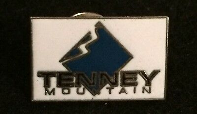TENNEY MOUNTAIN Skiing Ski Resort Pin NEW HAMPSHIRE NH Souvenir Travel Lapel
