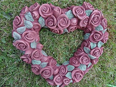 Vintage French Style Stone Heart Shaped Roses & Leaves Garden Plaque Wreath