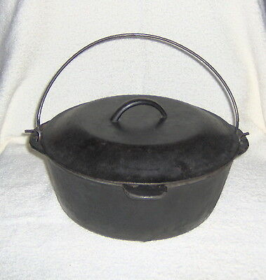 Large Old LODGE (Unmarked) No. 9 Cast Iron  Dutch Over w/Bale& Self Basting Lid