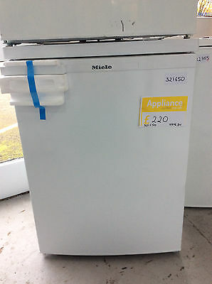 Miele K12020S-1 Fridge - White UK DELIVERY #321650