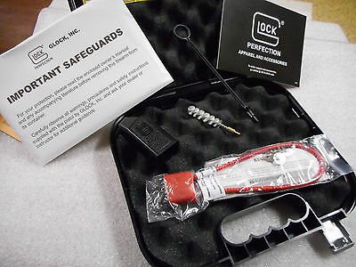 Glock Factory Pistol Case with Manual, Cleaning Rod, Brush, Lock and Mag Loader