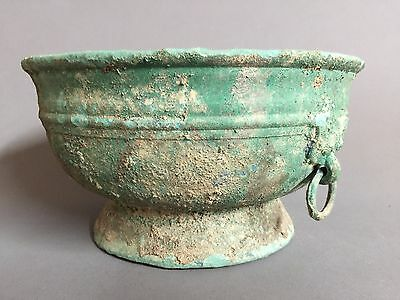 Large Han Dynasty Bronze vessel. 200-100BC