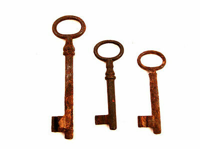 Vintage antique iron locks key from 30s Set of 3 K7