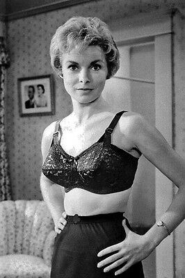 New 5x7 Photo: Janet Leigh as Marion Crane in Alfred Hitchcock Film Psycho