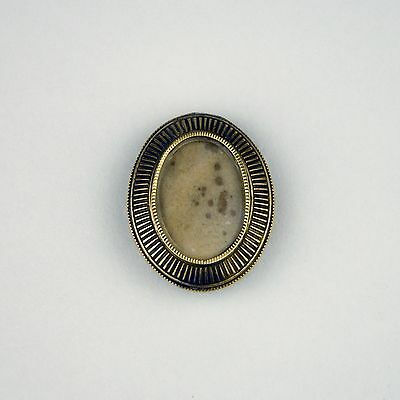 Antique Mourning Picture Brooch Pin Brass Ribbed Metal Oval Victorian Photo Old