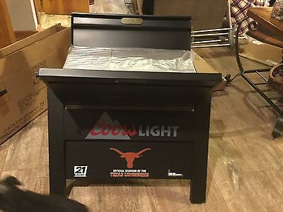 Texas Longhorns tailgating Grill (foldable)