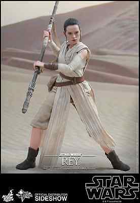 Hot Toys Star Wars Rey  1:6 Scale / The Force Awakens / Neuware