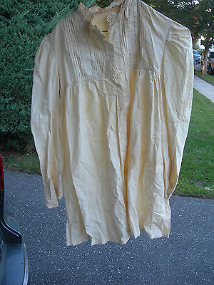 AUTHENTIC Antique WHITE COTTON  LONG SLEEVE CHILD'S GOWN