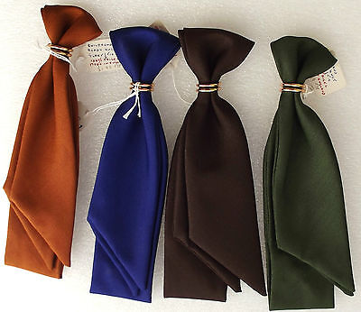 Vintage 1970s childrens cravat UNUSED ready-knot scarf + ring boys girls TRICEL