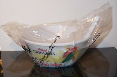 Kelloggs Cornflakes Sip Up Kids Plastic Breakfast Cereal With Straw Bowl 2012