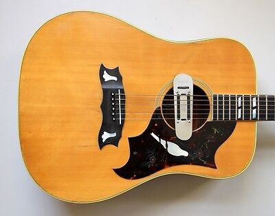 1970 Gibson Dove with DeArmond Pickup