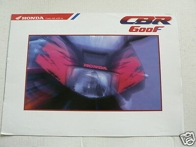 H197 Honda  Brochure Prospekt Cbr600F Dutch 6 Pages