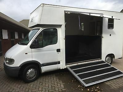 3.5 ton horsebox With Day Living