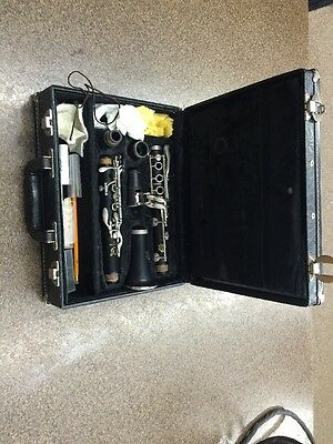Kenosha Wis. Clarinet With Case Books Asseseries -FREE SHIP- Pads/cork -great-