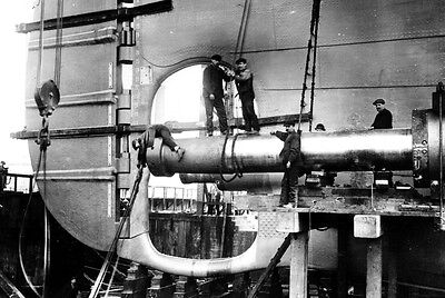 New 5x7 Photo: Men Working on the Unfinished Stern of RMS TITANIC Ship