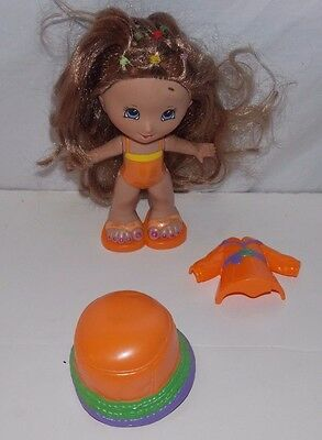 Fisher Price Snap 'N Style Gabriela Doll Rainy Time Outfit b
