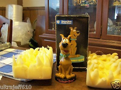 "Warner Bros Store exclusive Scooby Doo 7 1/2"" tall heavy resin bobblehead 1997"