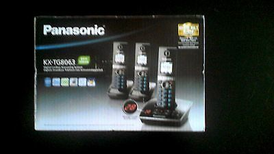 Panasonic KX-TG 8063 Trio Cordless Phone with Integrated Answering Machine *NEW*