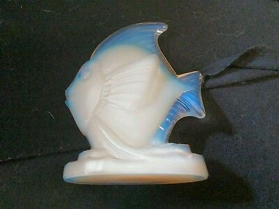 "Sabino Art Glass Fish Opalescent Large Fish With Wave In Tail 4.75"" Tall"