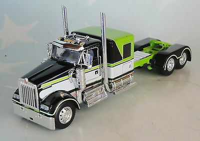 Dcp Kenworth W900 60 Black White Green Flattop Slepper Day Cab Only 1/64 Diecast