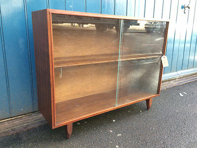 1950s Robert Heritage for Beaver and Tapley Display Cabinet/Bookcase. Vintage